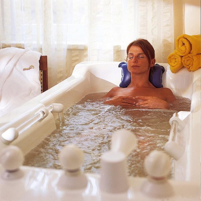 Применение содовых ванн для похудения